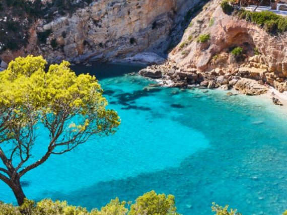 The coves of Costa Blanca of which everyone is talking about