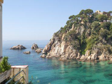 Sa Forcanera cove, a hidden spot at the gates of Costa Brava