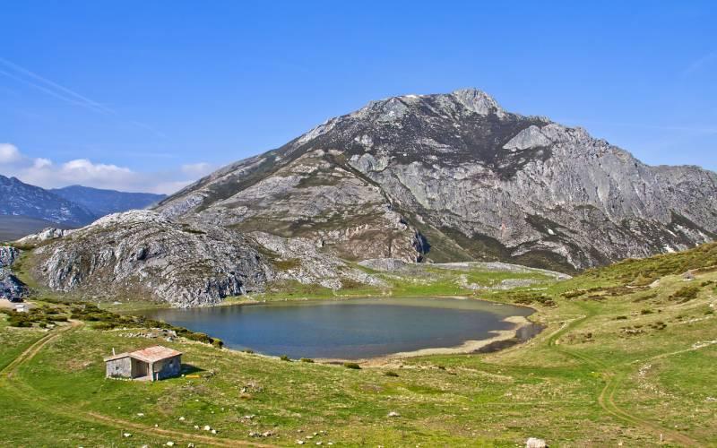 Isoba Lake