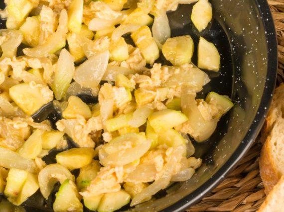 Murcian Zarangollo Recipe, a vegetable and egg scramble with a lot of history
